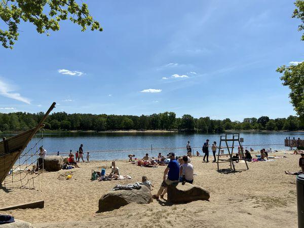 Der Silbersee ist bei Hannoveranern und Langenhagenern gleichmaßen beliebt. (Foto: Elena Everding)