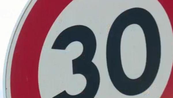 A Lille, on roule à 30 km/h depuis un an - Al een jaar traag verkeer in Rijsel