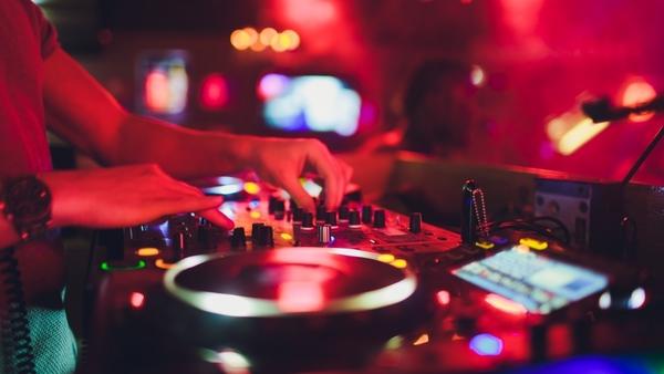 Discotheken en nachtclubs blijven voorlopig gesloten