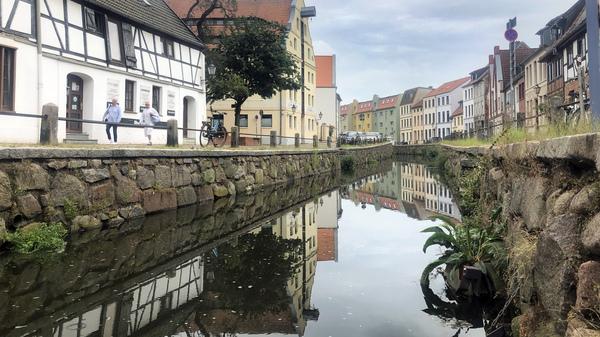 Blick auf den Stadtkanal (Foto:Helmut Kuzina)