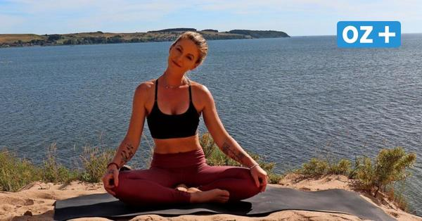 Rügen: Yoga-Schönheit aus Stralsund macht Youtube-Videos am Ostseestrand