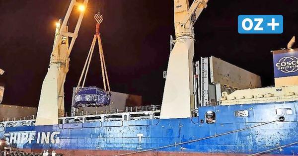 Bohrer für Tunnelbau in Swinemünde per Schiff auf dem Weg von China nach Polen