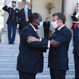 Exclusif: Macron demande à Ouattara de se retirer de la présidentielle suite à un dejeuner tendu