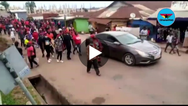 Akyem states hold mammoth demo against Mahama's 'Akyem Sakawa boys' comment