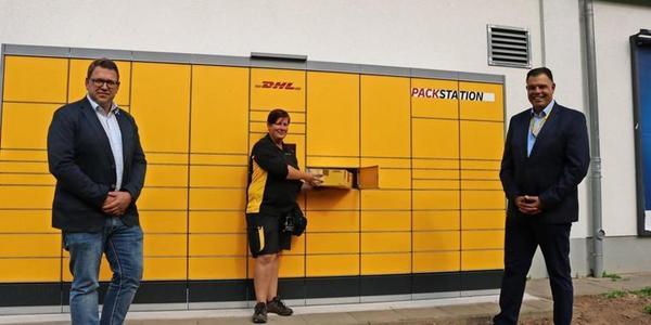 Pakete aufgeben und abholen: Post nimmt Packstation in Kröpelin in Betrieb