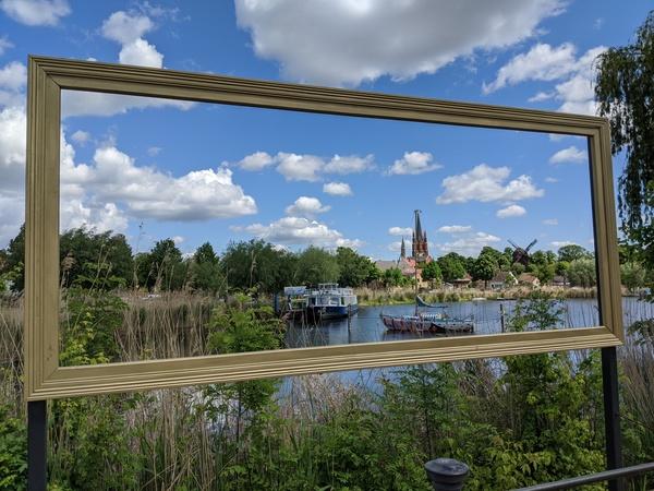 Zu den sehenswerten Orten gehört die Insel mit der Bockwindmühle. Foto: Lars Sittig