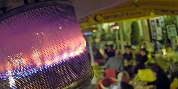 Leipzig verzichtet auf Gebühr für Heizpilze – Gastronomen blicken auf kalte Monate