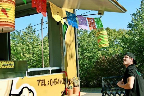Auch die Deko ist typisch mexikanisch. Foto: Udo Böhlefeld