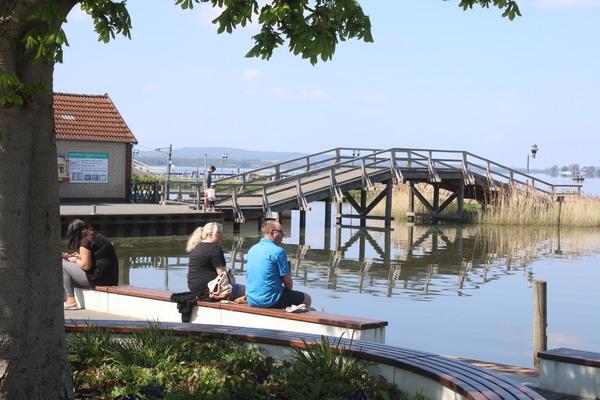 Die Uferpromenade in Steinhude. (Foto: Sven Sokoll)