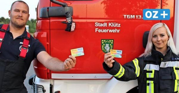 Klützer Feuerwehrleute bekommen Ehrenamtskarten: Das steckt dahinter