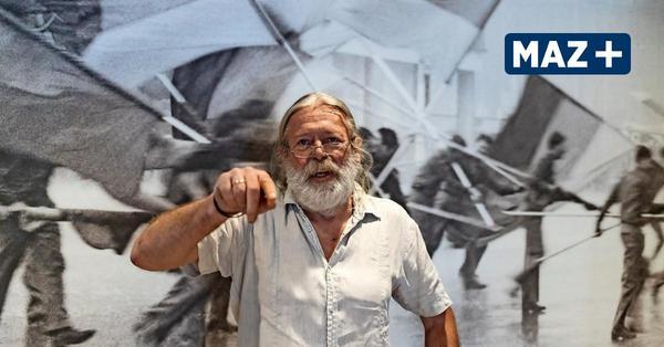 Harald Hauswald zeigt Fotos, die in der DDR als staatsfeindlich galten
