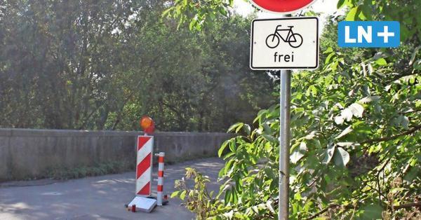 Tragischer Radunfall in Bad Schwartau: Mann prallt gegen Absperrgitter