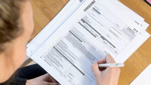 Eine Nummer für jeden Bürger: Datenschutzbeauftragter warnt vor Gesetzesentwurf