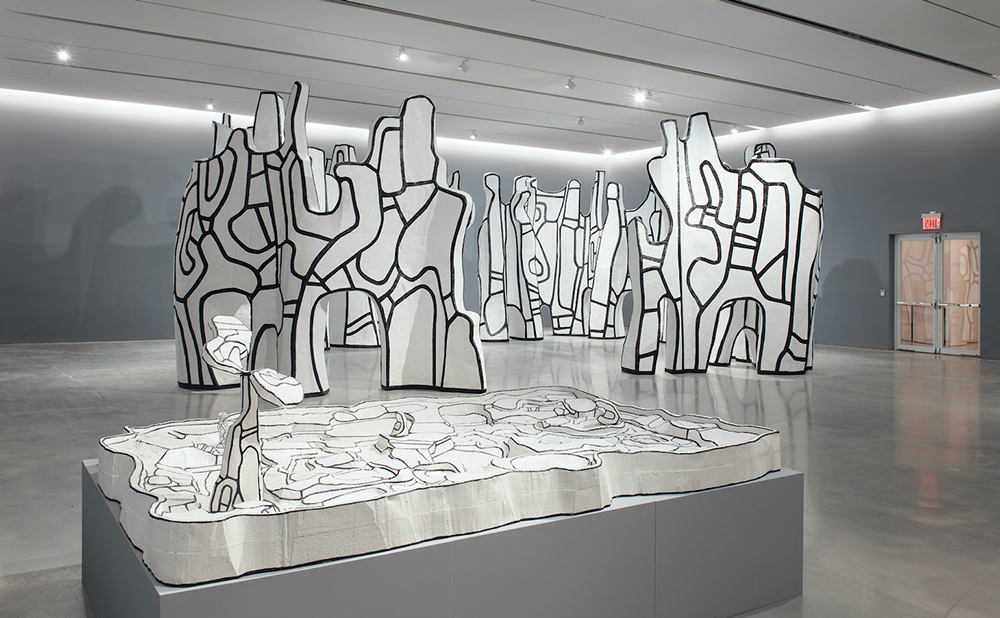 Installation view of Jean Dubuffet: Le cirque 540 West 25th Street, New York, September 18 – October 24, 2020 (photography courtesy of Pace Gallery)