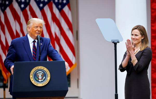 President Trump bij de voordracht van Amy Coney Barrett