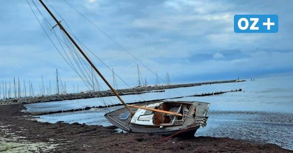 Kühlungsborn: Gestrandeten Yacht am Bootshafen wurde geborgen
