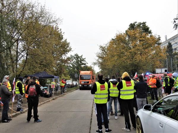 Streik bei der Stadtentsorgung Potsdam. Foto: Rainer Schüler