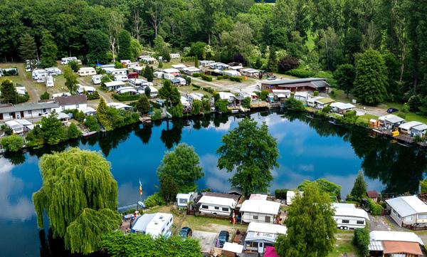 Der Campingplatz Birkensee bei Laatzen. (Foto: Hauke-Christian Dittrich, dpa)