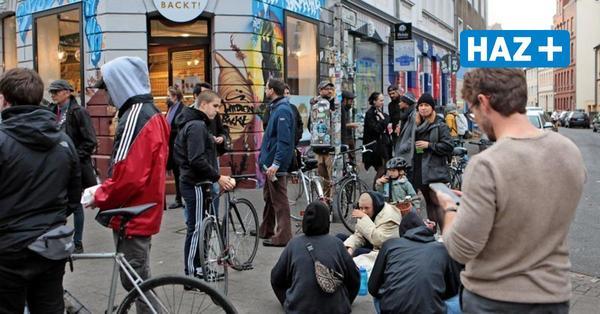 Kult-Kiosk Onkel Olli: Demo gegen Schließung, Freibier – und jetzt reagieren auch Politik und Rathaus