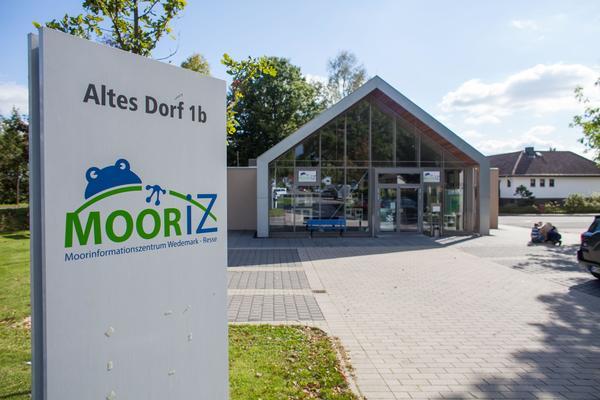 Das Informationszentrum Mooriz im Wedemärker Ortsteil Resse. (Foto: Philipp von Ditfurth)