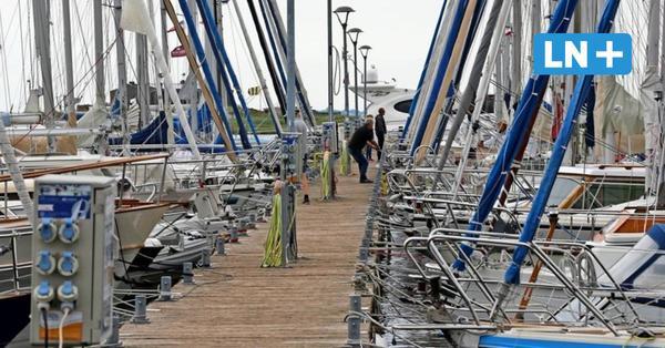 Heiligenhafen: Polizist und Helfer retten Segler aus dem Hafenbecken