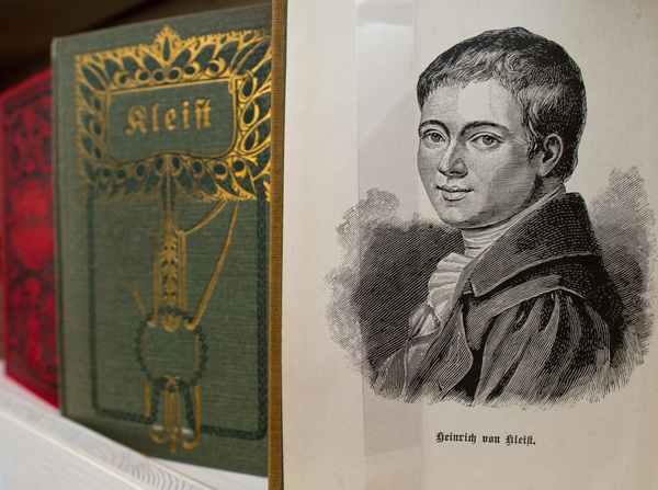 Historische Ausgaben des Schriftstellers Heinrich von Kleist gibt es im Kleist-Museum in Frankfurt (Oder). Foto: dpa