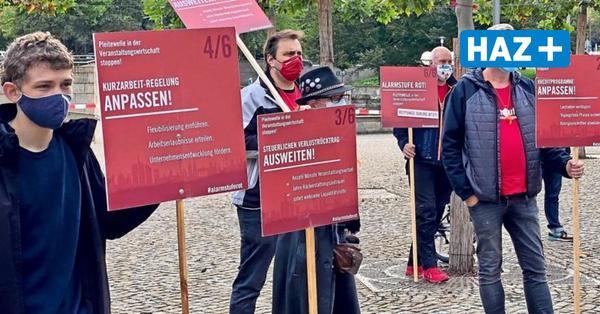 Veranstalter demonstrieren in Hannover: Minister Althusmann verspricht Unterstützung