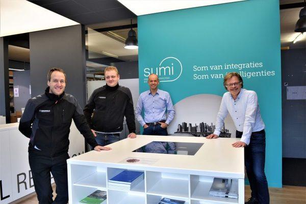 La société d'automatisation SUMI de Courtrai met la NMBS sur la bonne voie - Kortrijkse automatiseringsbedrijf SUMI zet NMBS op het juiste spoor