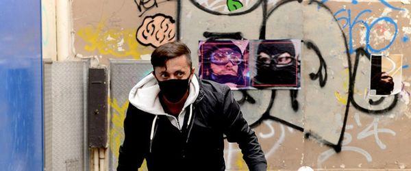 Les visages de milliers de policiers français compilés par un activiste - Een privacy-activist maakt compilatie van gezichten van Franse politie