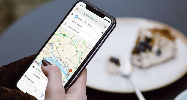 DuckDuckGo ducks Google to launch route-planning powered by Apple Maps