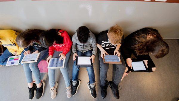 Digitaler Unterricht und Homeschooling: Tablets, PCs, passende Konzepte – Schulforscherin erklärt, was wichtig ist