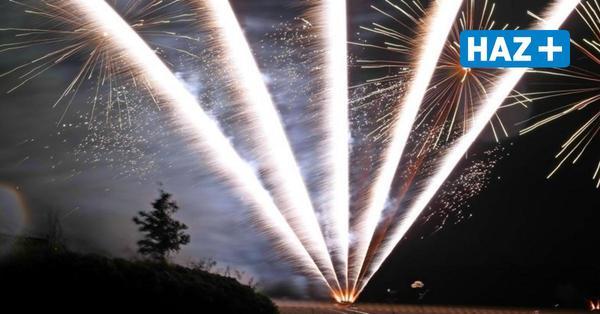 Bevor er erblindet: Sehbehinderter erfüllt sich mit Feuerwerk Traum