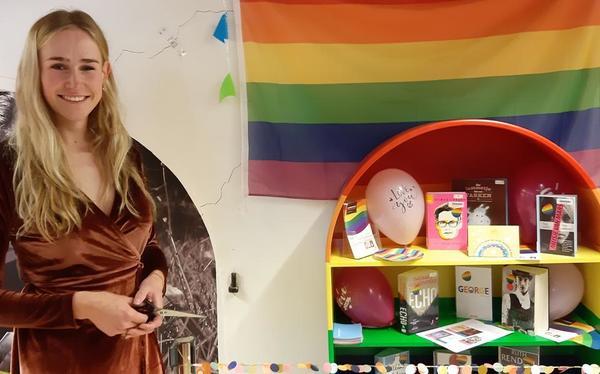Coevorder bibliotheek blaast regenboogkast nieuw leven in - Dagblad van het Noorden