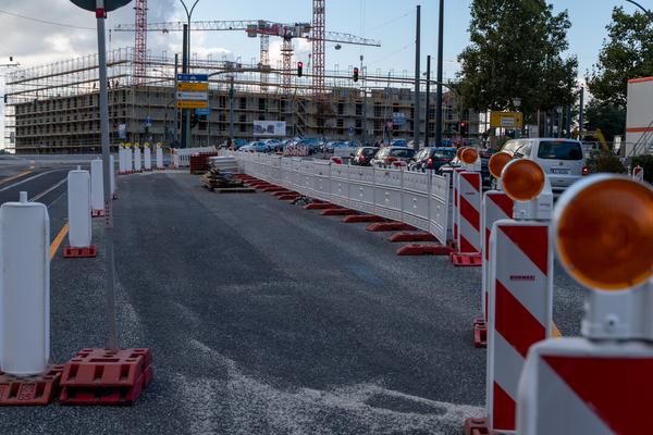 Die Verkehrsführung an der Großbaustelle Leipziger Dreieck wurde geändert - wieder einmal. Foto: Varvara Smirnova