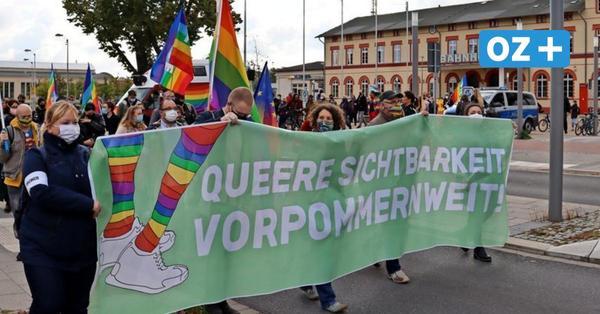 Greifswalder demonstrieren gegen Diskriminierung von Schwulen und Lesben
