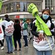 Streik im öffentlichen Dienst: Verdi-Mitglieder demonstrieren in Hannover