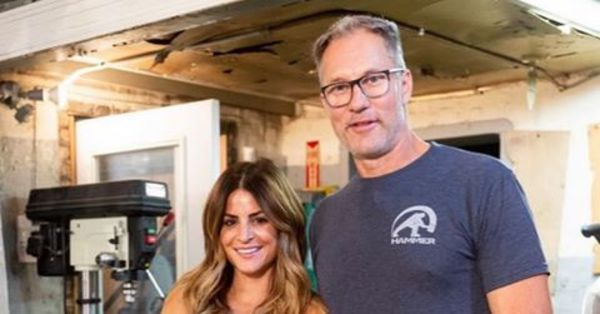 'Windy City Rehab' carpenter Ari Smejkal on his newfound fame: 20-30 business calls a day, 'guys and girls hitting on me all the time'