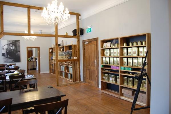"""Der """"Kaffee Kontor Werder"""" ist im ehemaligen Kontor der historischen Saftfabrik untergebracht. Foto: Annika Jensen"""
