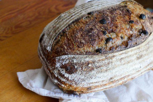 Cascara Currant Sourdough: The Sprudge Recipe