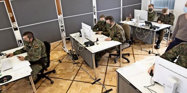 Zu wenige Mitarbeiter in Sachsens Gesundheitsämtern: Bundeswehr soll helfen