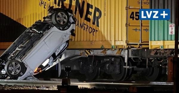 Güterzug erfasst Auto in Leipzig-Leutzsch