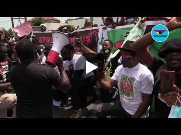 End SARS: 'Having a laptop is not a crime' - Nigerians in Ghana join protest