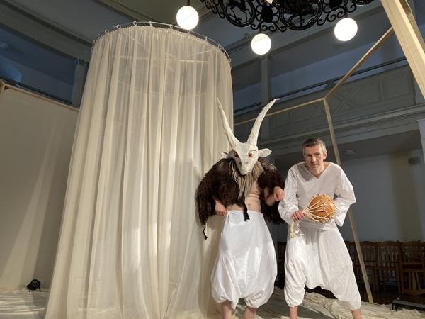 Das Theater Figuro gastiert im Volkshaus Döbeln. Foto: Privat