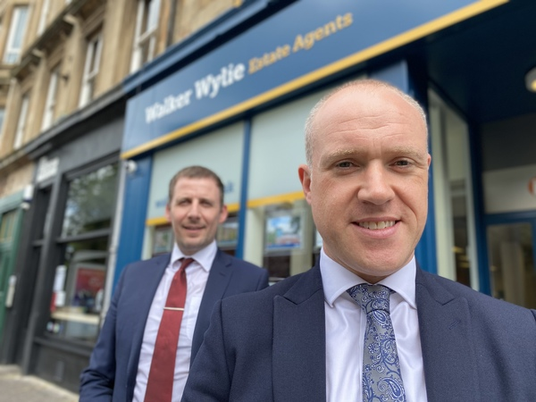 Barry Walker (right) and business partner Stuart Wylie.