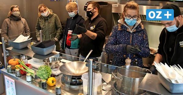 Kochprofis auf Usedomer Schulhof: Foodtruck soll Appetit auf mehr machen