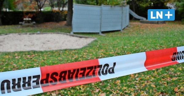 Tötungsdelikt in Grönwohld: Junger Mann lag tot auf dem Spielplatz