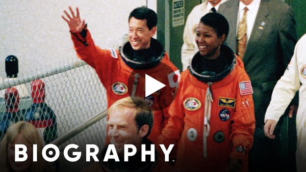 Mae Jemison: First African American Woman in Space | Biography
