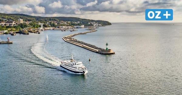 Adler-Schiffe starten auch im November täglich zur Kreideküste auf Rügen