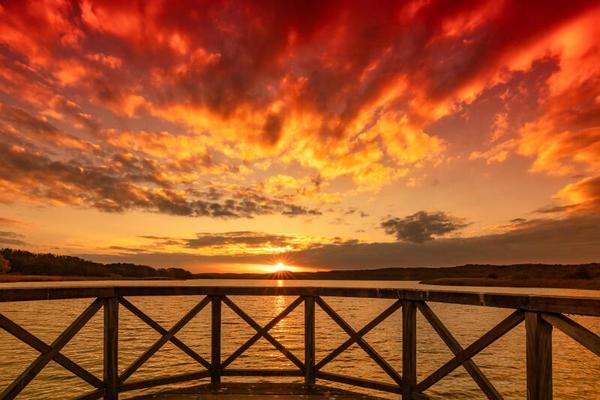 Sonnenuntergang am Schmachter See (Foto: Andrea Schwingel)