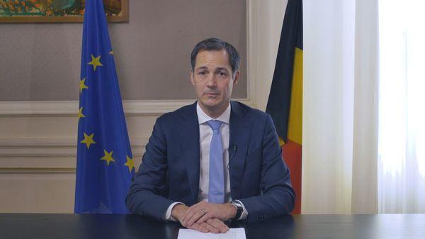 """BELGIQUE / BELGIË - Le Premier ministre annonce un """"confinement partiel"""" - Eerste minister kondigt gedeeltelijke lockdown aan"""